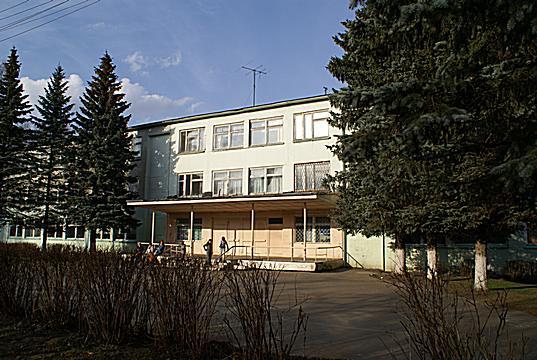Школа в Лесном городке