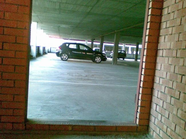 "Пейзажи паркинга в ЖК ""Дубки"""