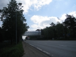 А это строительство пешеходного моста на 19.05.2010