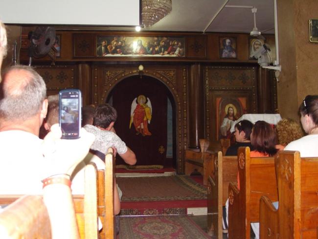 Египет. Хургада. Внутренности православного храма коптов (аборигенов)...