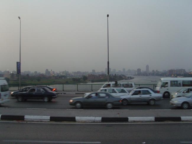 Египет. Каир. Город и река Нил в сумеречном свете...