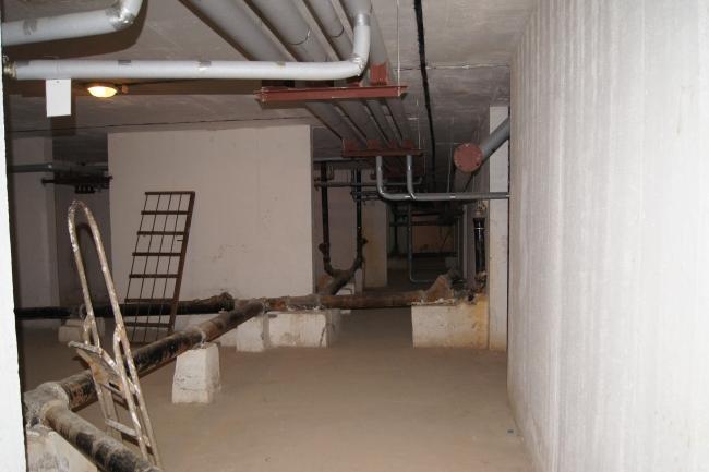 Подвал дома № 1 улицы Кутузова