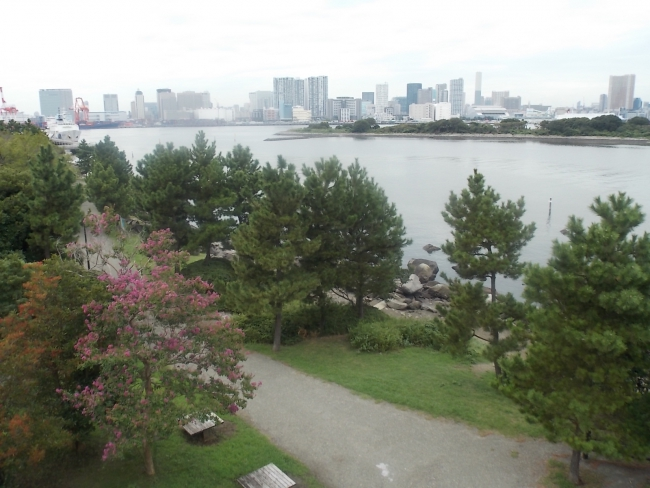 Токио. Парк на Одайбе