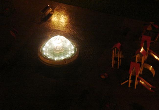 фонтан в Гусарской балладае ...ночь