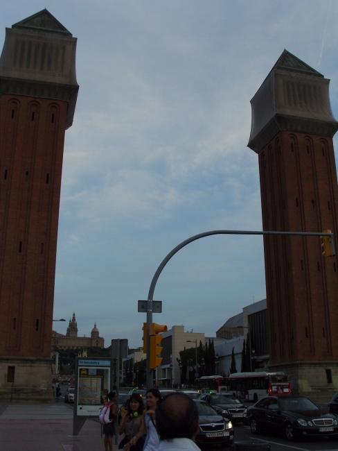 Барселона. Светофоры и башни