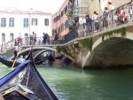 Мосты, каналы, гондольеры...