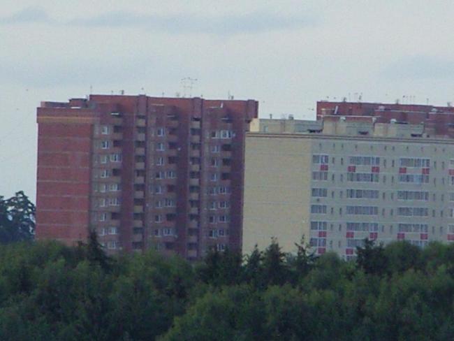 Вид из Дубков ВНИИССОКа на новые дома во Власихе